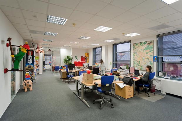 uzasne pracovne prostredia a kancelarie 50