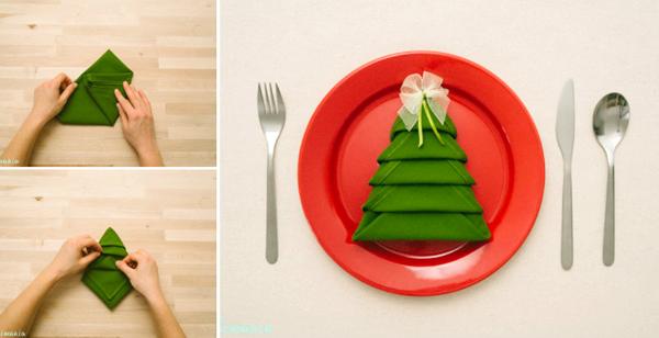 Skladanie obrúskov do tvaru vianočného stromčeka   Návod