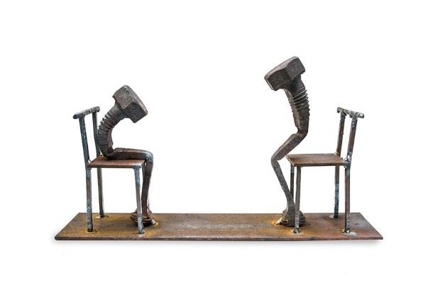 Tobbe Malm sochy zo skrutiek nabite emociami 2