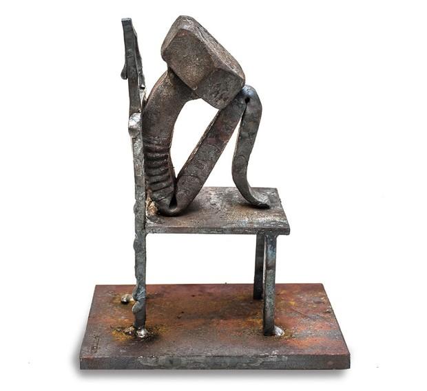 Tobbe Malm sochy zo skrutiek nabite emociami 6