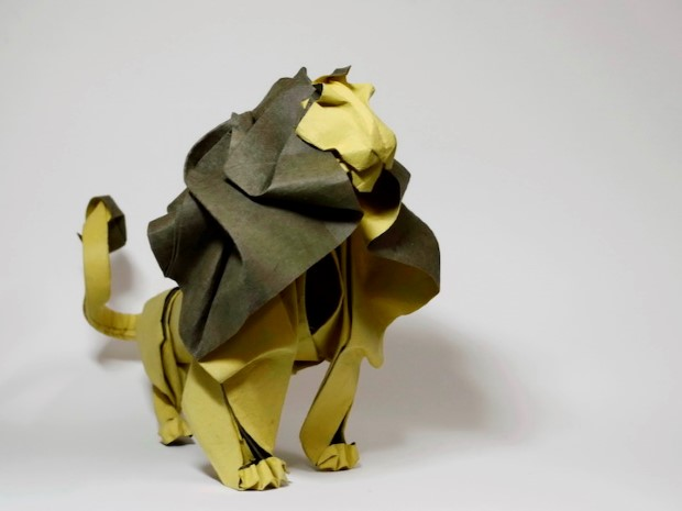 Hoang Tien Quyet origami zvieratka mokrou technikou 5