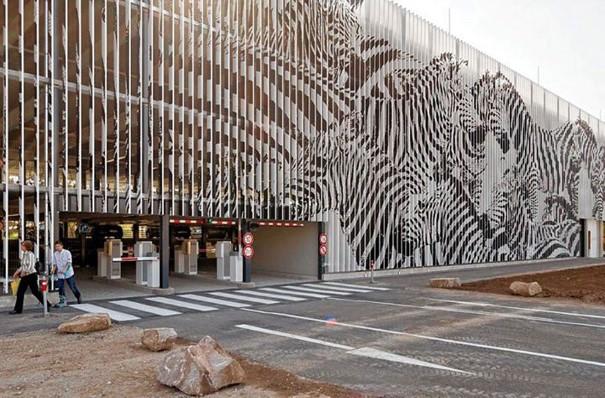 Zebrating Šikovne ukrytý street art, ktorý uvidíte len z určitého uhla pohľadu 3