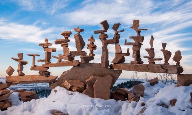 gravitacne balansovanie kamenov 9
