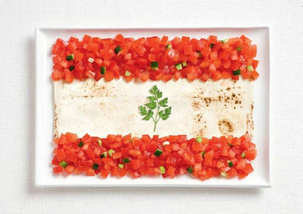 jedle vlajky vytvorene z jedla 10