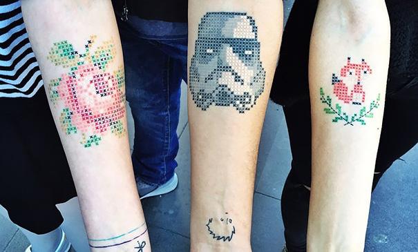 Eva Krbdk vysivane tetovania krizikovym stehom 1