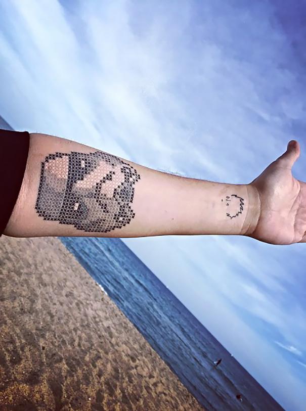 Eva Krbdk vysivane tetovania krizikovym stehom 12