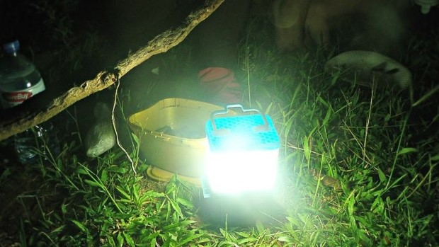 Lampa SALt poháňaná slanou vodou 2
