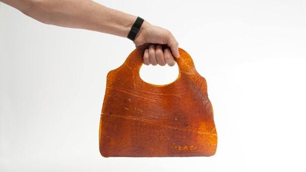 Kožené tašky vyrobené z nadbytočného ovocia | Fruitleather Rotterdam 1
