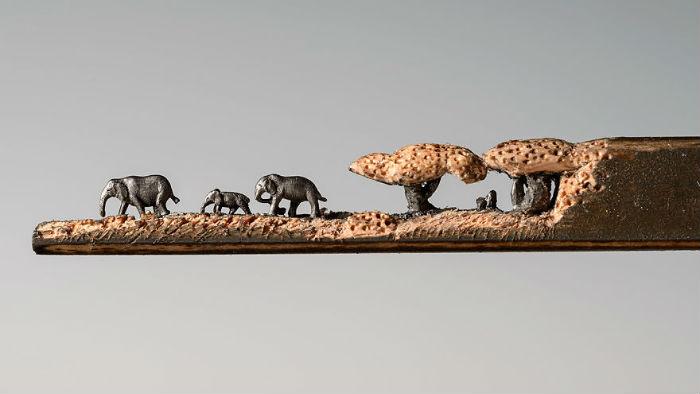 vyrezala-celu-rodinu-slonov-z-ceruziek-miniatury-stromy-ceruzky-5