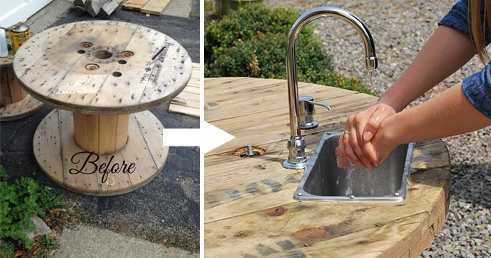 Vonkajšie umývadlo vyrobené zo starého dreveného kotúča na kábel