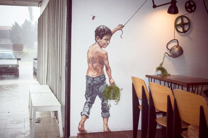 street-art-umenie-ktore-spaja-prirodne-prvky-s-poulicnymi-malbami-16