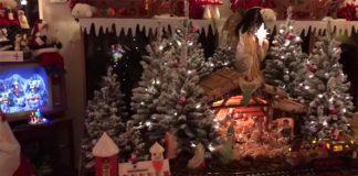 Milovník vianočnej výzdoby Jack Baremans a jeho vianočne vyzdobený byt