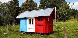 Pin-up domček France za tisícku za tri hodiny   Joshua Woodsman