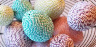Kraslice omotané bavlnkami | Návod na veľkonočné kraslice zdobené bavlnkami
