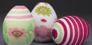 Veľkonočné vajíčka zdobené detskými pančuškami | DIY nápad a návod