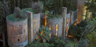 Cementáreň premenená na veľkolepý a jedinečný domov La Fábrica
