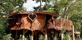 Rozprávkový 4-izbový stromodom s prírodne ladeným nábytkom Piggledy