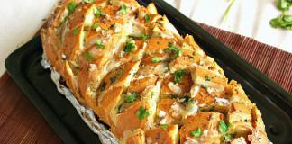 Syrom plnený chlieb