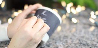Tabuľový hrnček, na ktorý si môžete písať | DIY návod ako postupovať