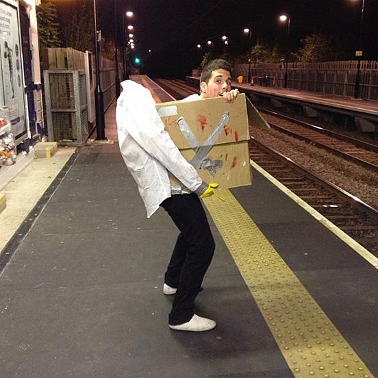 halloweensky kostym Box Costume