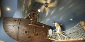 Izba s unikátnym dizajnom pirátskej lode | Nápad na detskú izbu
