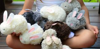 Zajačik z brmbolcov pom pom | Veľkonočný nápad s návodom
