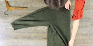 Ako zavesiť sveter na vešiak správne | Užitočné tipy, triky a rady