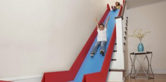 SlideRider zmení každé schodisko na šmykľavku