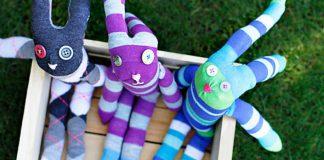 Zajačik z ponožky | Návod na handmade ponožkovú hračku pre deti