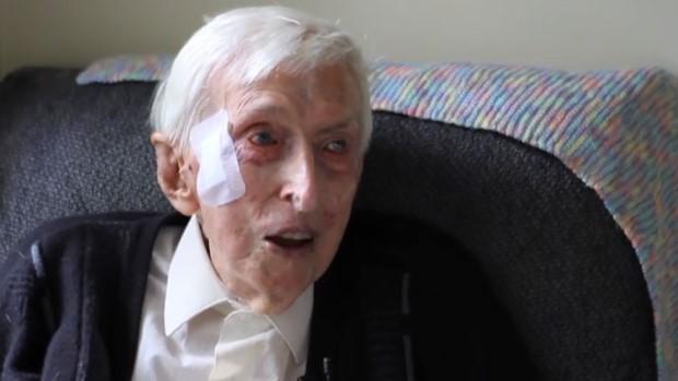 najstarsi muz australie pletie svetriky pre tucniaky 2