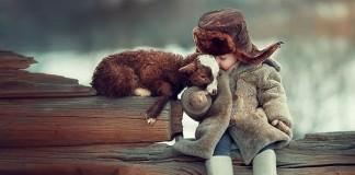 Deti a zvieratá na roztomilých fotografiách | Elena Karneeva