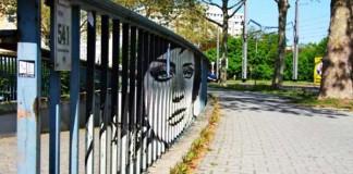 Zebrating street art, ktorý uvidíte len z určitého uhla pohľadu