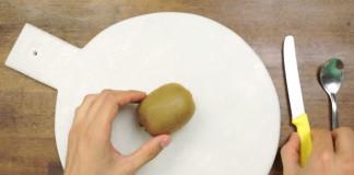 3 jednoduché spôsoby ako ošúpať kiwi | Tipy a triky