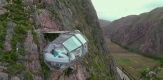 Prehľadné kapsule nad útesmi ponúkajú jedinečné ubytovanie | Peru
