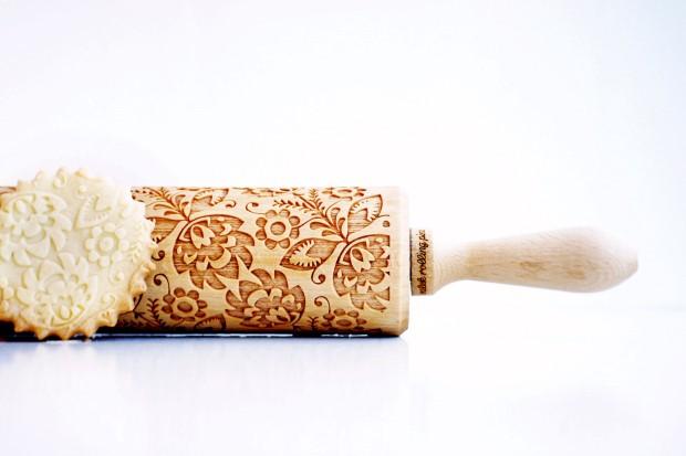 Kreatívne valčeky na cesto premenia Vaše koláčiky na chutné umelecké dielka
