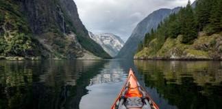 Dychberúce fotografie norských fjordov z kajaku | Tomasz Furmanek