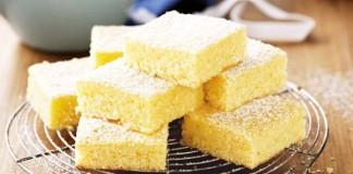 Recept na citrónovo-kokosové brownies | Yellowies