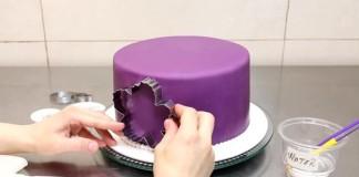 Zdobenie torty pomocou vykrajovačiek a kráľovskej glazúry
