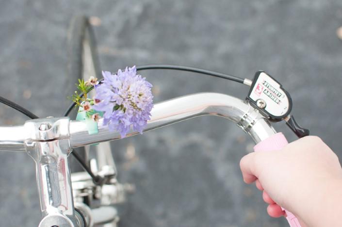 Colleen Jordan Wearable Planter kvetinace a vazy na bicykel 6