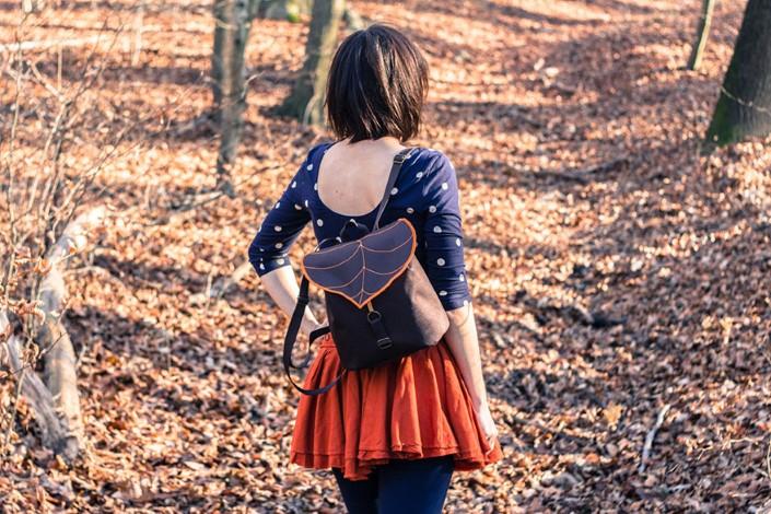 Gabriella Moldovanyi Leafling batohy s prirodnym motivom 7