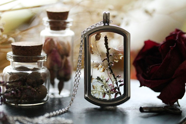 Kay Bells handmade sperky miniaturne teraria 24