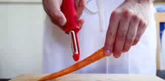 Čistenie mrkvy   Tip do kuchyne ako správne čistiť mrkvu