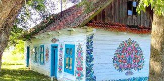 Dedinka Zalipie vyniká krásnou tradíciou maľovaných domčekov