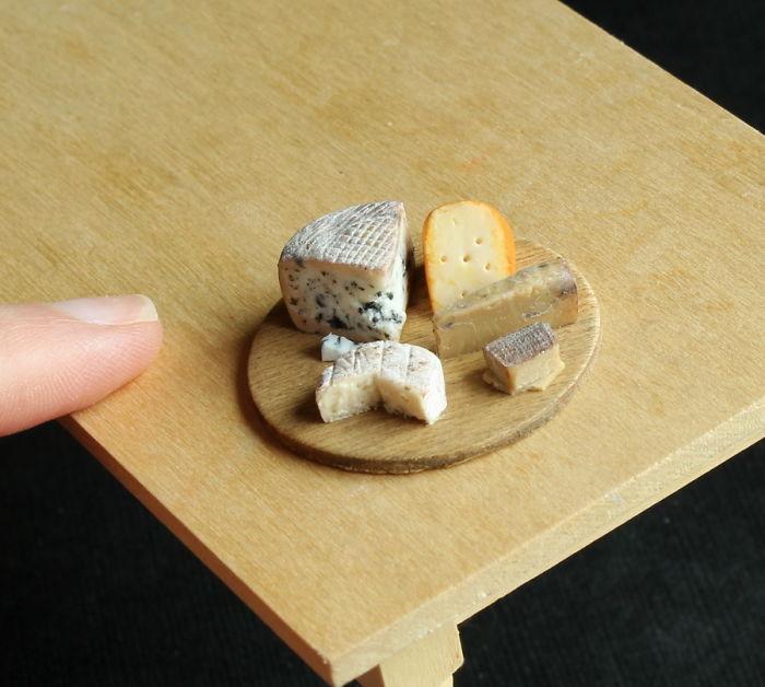uzasne miniatury ktore vyzeraju ako skutocne jedlo (6)