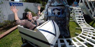 Zábavný park pre vnúčatá vlastnými rukami deduška menom Steve Dobbs