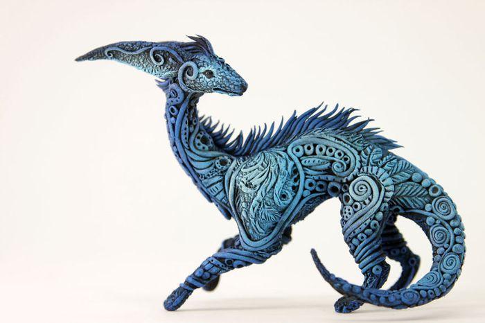 rusky-umelec-vyraba-jedinecne-sochy-z-polymerovej-hmoty-zvierata-z-magickeho-sveta-11