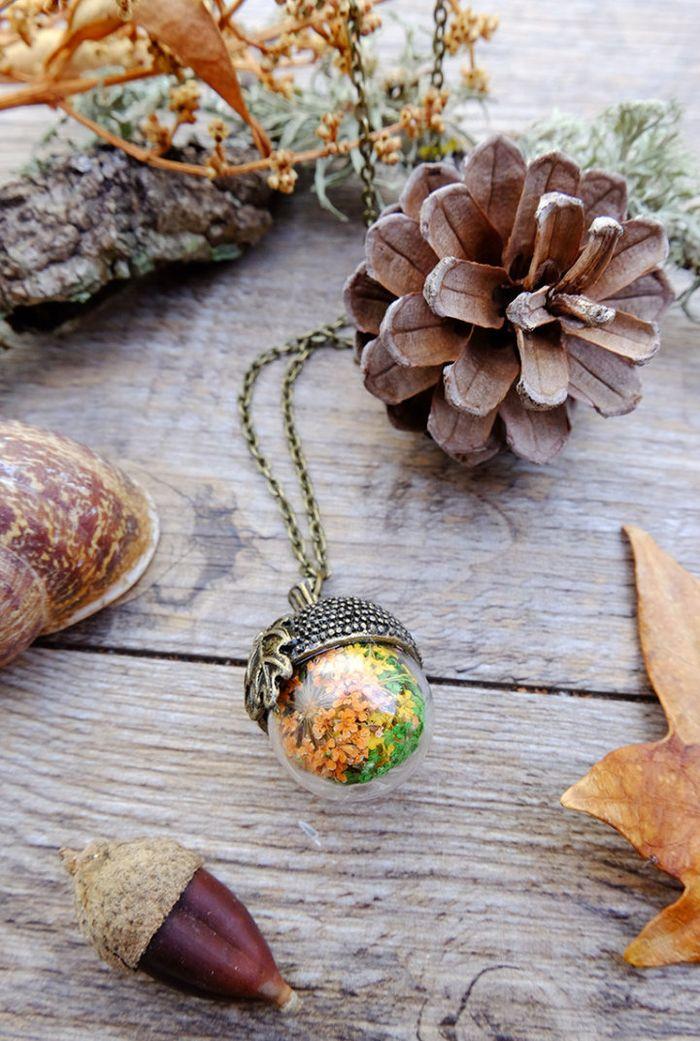 vyraba-sperky-ako-male-teraria-privesky-naramky-sklenene-kupoly-musle-kvety-10