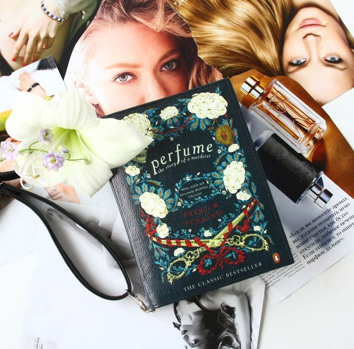 krukru-studio-predstavuje-kozeno-latkove-kabelky-s-motivmi-svetoznamych-knih-11