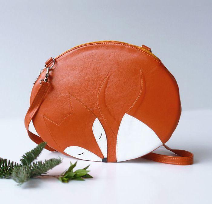 krukrustudio-predstavuje-kreativne-tasky-v-tvare-zvieratiek-ovocia-a-zeleniny-kozene-4