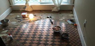 Podlaha z mincí, ak neviete, čo s peniazmi | Tonya Tooners